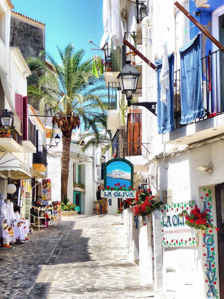 ibiza-ile-européenne-vacances-a-la-mer