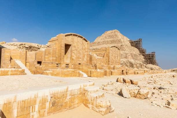 saqqarah pyramides et necropoles des phararons egypte