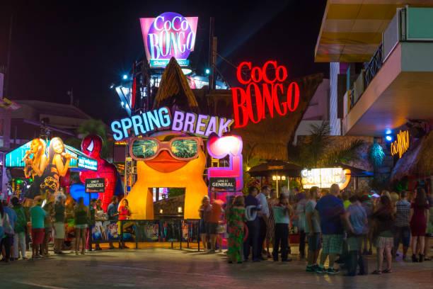 spring break cancun coco bongo club bar discotheque fete mexique